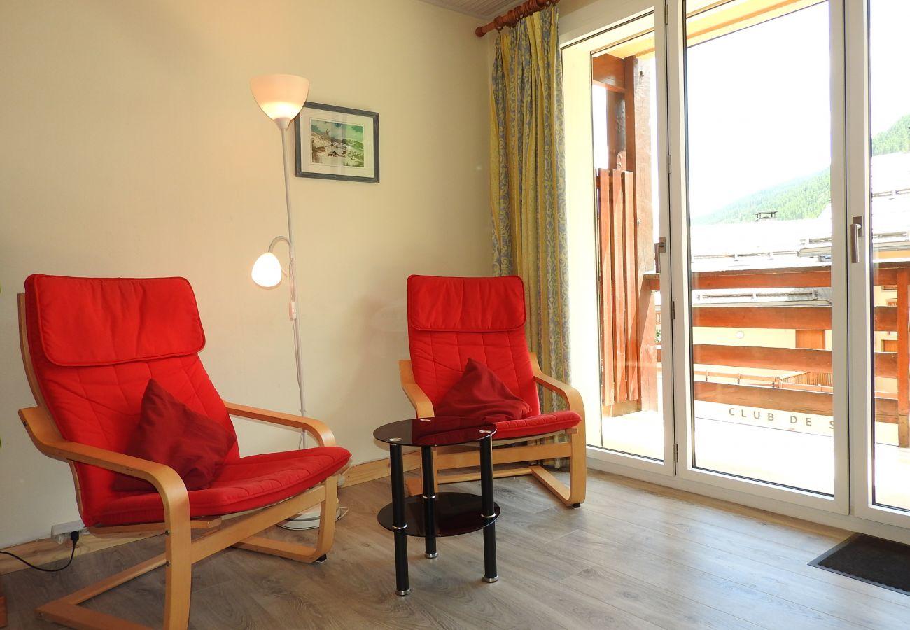 Appartement à Saint-Chaffrey - T3 PIED DES PISTES - Chantemerle - 6/8 personnes